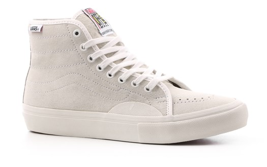 Listly · Ryan Hefner Ryan Hefner s     Items     Vans AV Classic High ... 8ff77d8f7